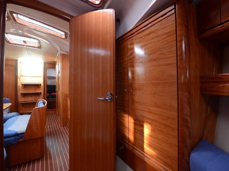 Bavaria 39 Cruiser (Fortuna (Sollar Panel)) interior - 16