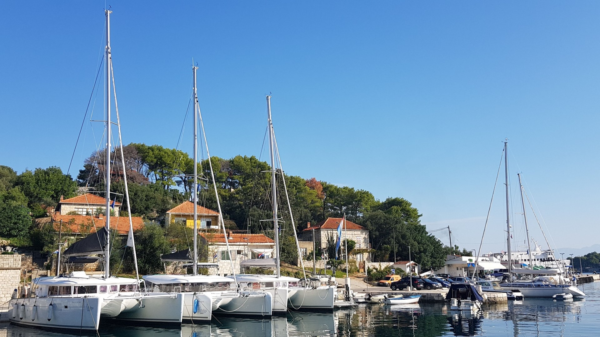 Oceanis 46.1 (Everest) Marina Rogač - catamarans (photo taken 2019) - 8