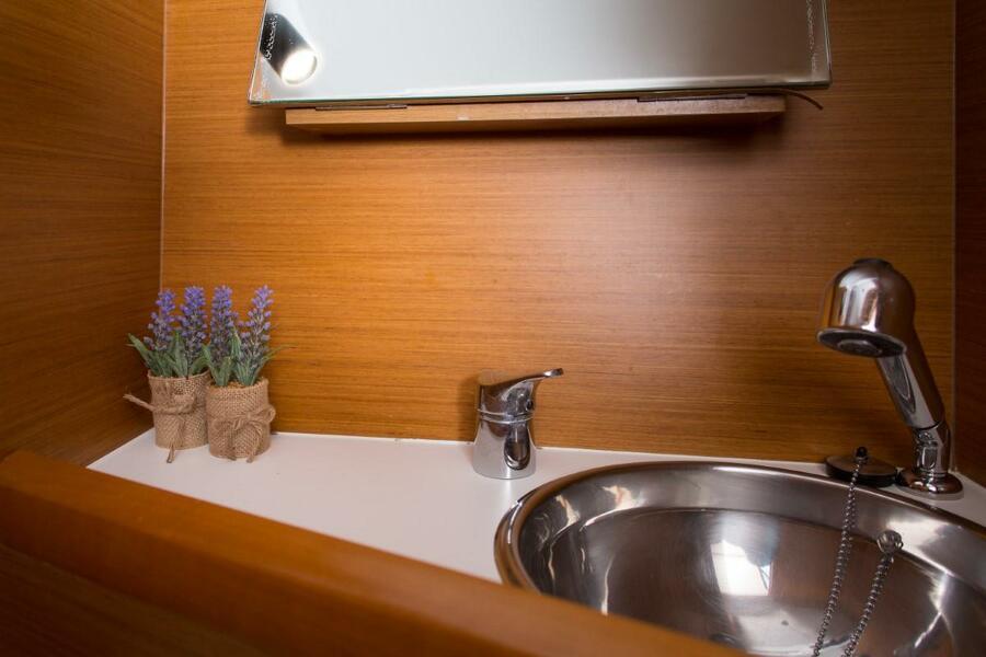 Sun Odyssey 349 (Siberia) Interior - toilet (photo taken 2019) - 12