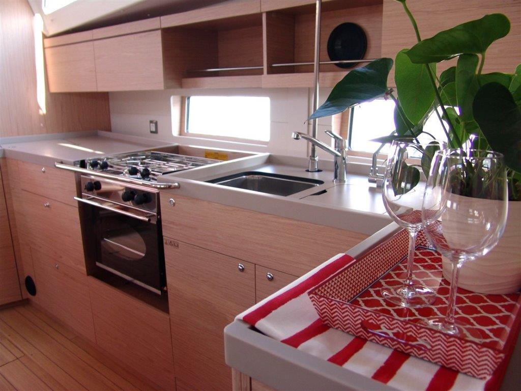 Oceanis 46.1 (Everest) Interior - kitchen - 6