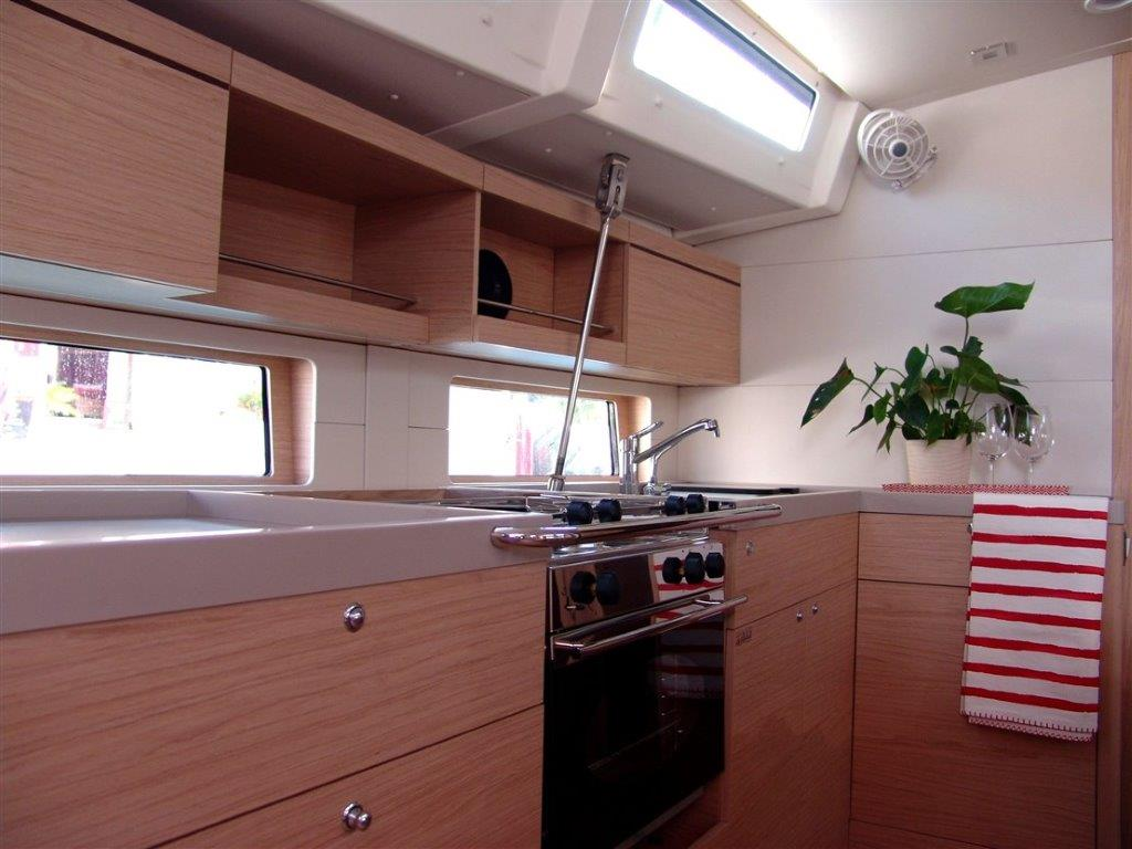 Oceanis 46.1 (Everest) Interior - kitchen - 5