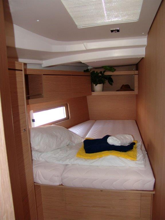 Oceanis 46.1 (Everest) Interion - cabin - 11