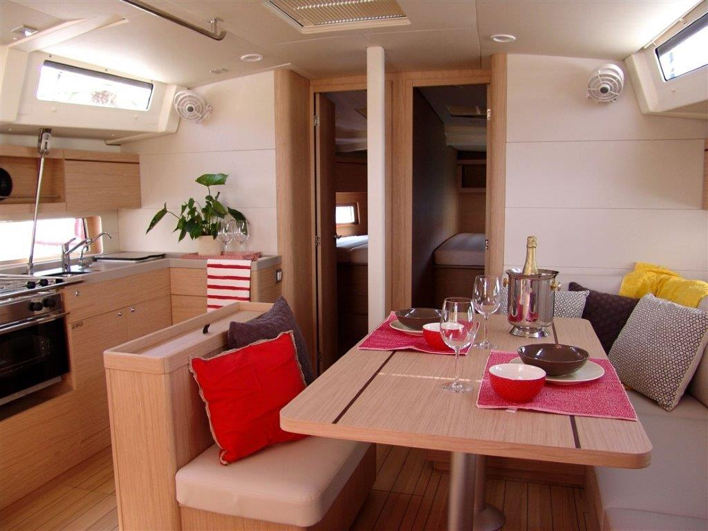 Oceanis 46.1 (Everest) Interior - saloon - 3