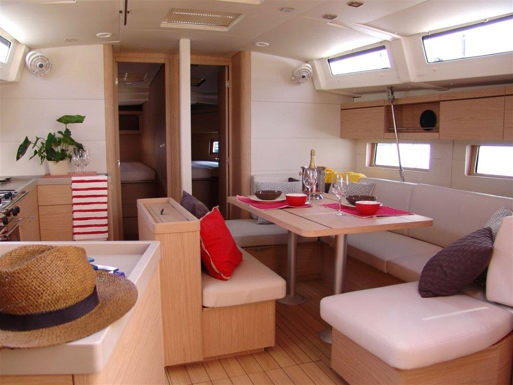 Oceanis 46.1 (Everest) Interior image - 9