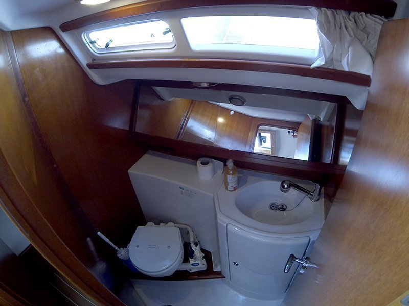 Grand Soleil 37 R (Sportski Vuk) Bathroom - 10