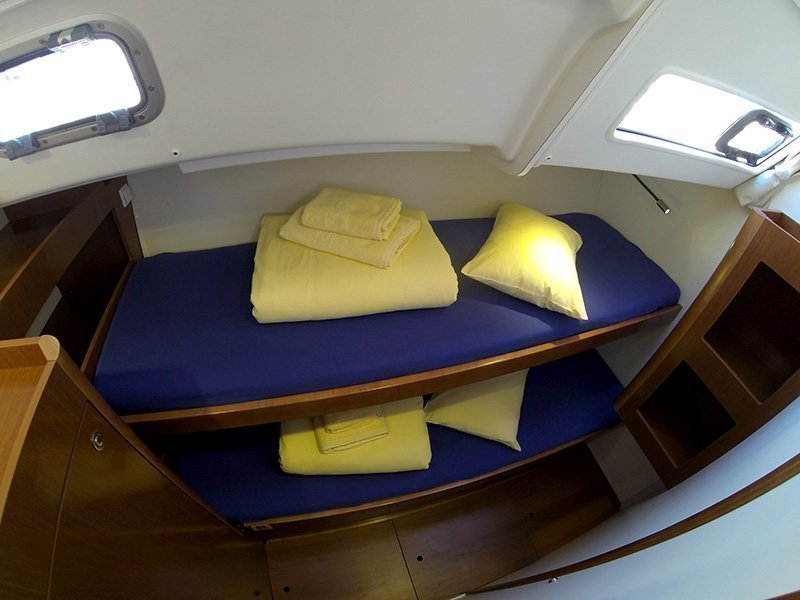 Oceanis 50 (Pika II (Bowthruster, Sails 2020, AC + generator)) Oceanis 50 twin cabin - 15