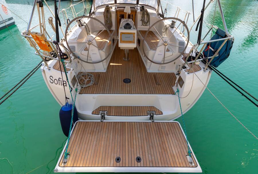 Bavaria Cruiser 37 (Sofia)  - 13