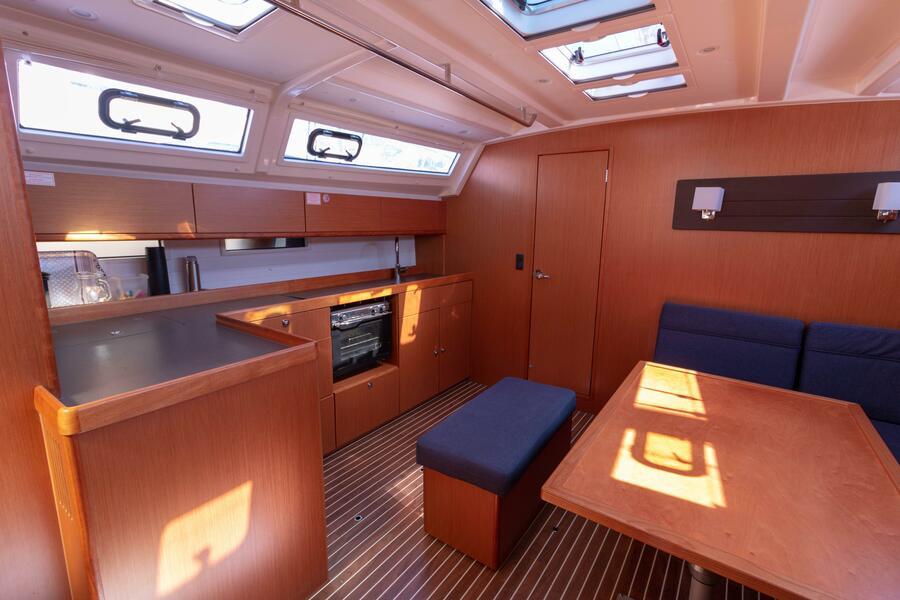 Bavaria Cruiser 46 (8+2 berths) (Annù)  - 12