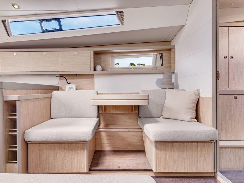Oceanis 45 (Stefani I) interior - 11