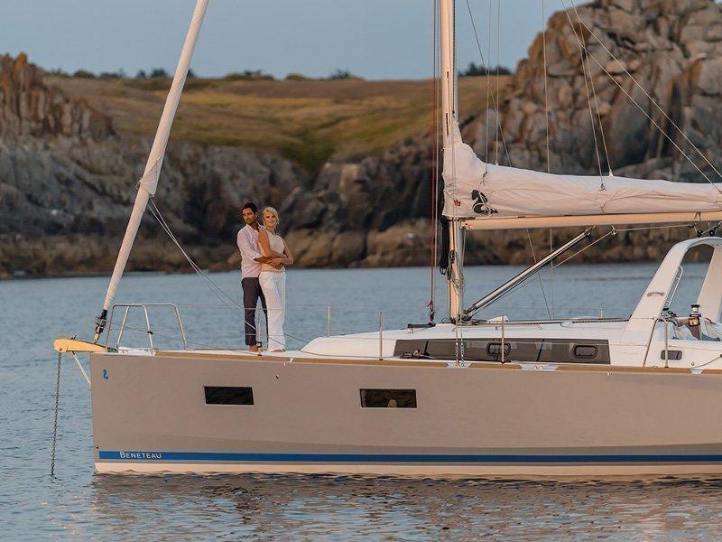 Oceanis 38 (Martine) exterior - 6