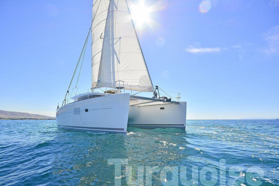 Lagoon 400 S2. (Turquoise)  - 20