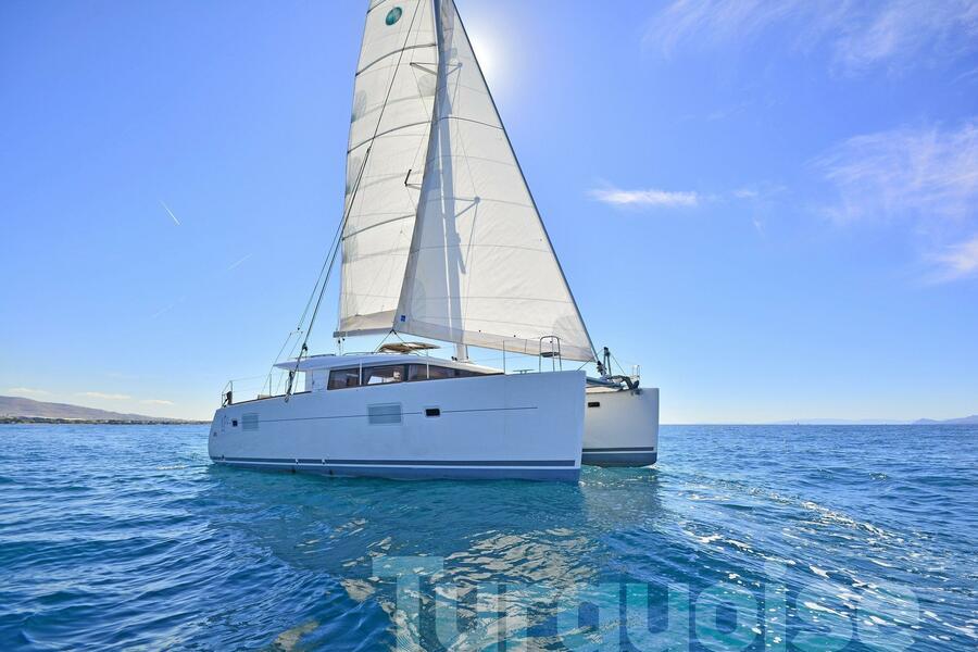 Lagoon 400 S2. (Turquoise)  - 31
