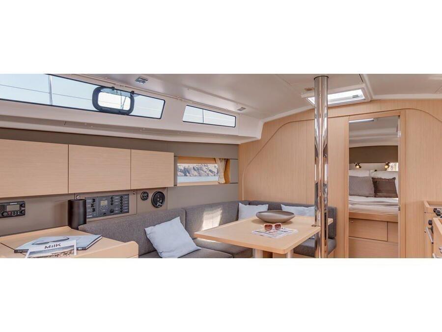 Oceanis 38 (3 cabins) (Salsa) Interior image - 16