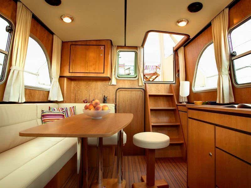 Linssen Grand Sturdy 29.9 AC (Sento) interior - 4