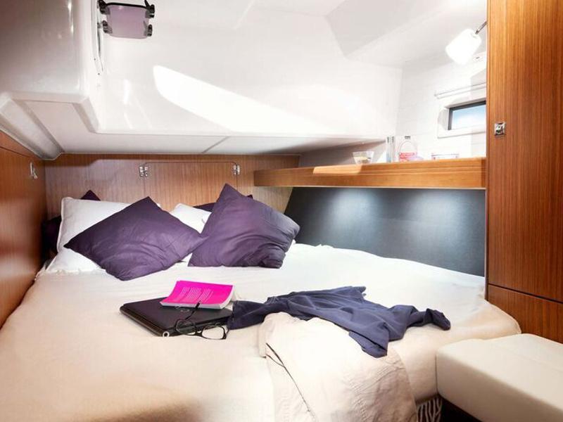 Bavaria Cruiser 46 (Okyalos) interior - 9
