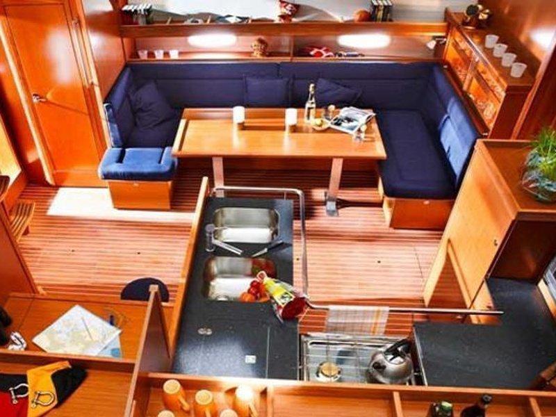 Bavaria 51 Cruiser (SY Sissi) interior - 4