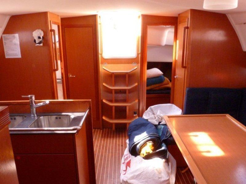 Bavaria 51 Cruiser (SY Sissi) interior - 5