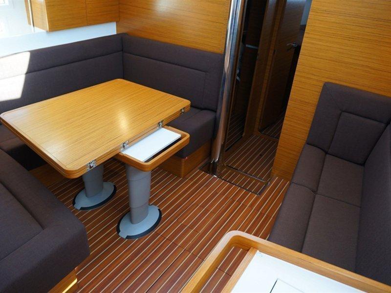 Elan 45 Impression (Thetis) interior - 6