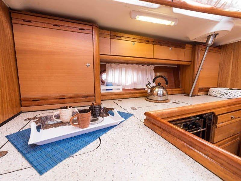 Bavaria 46 Cruiser (Zefyros - Bow & Solar) interior - 8