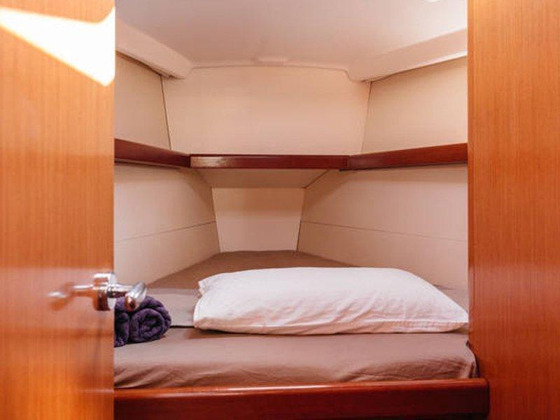 Beneteau Oceanis 43 (Blauw) interior - 7