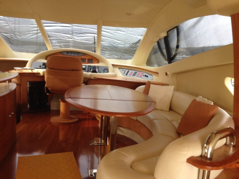 Azimut 55 Evolution (Lady Pi) interior - 6