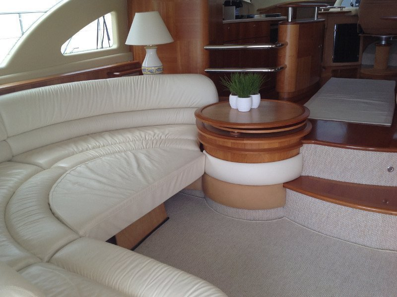 Azimut 55 Evolution (Lady Pi) interior - 3