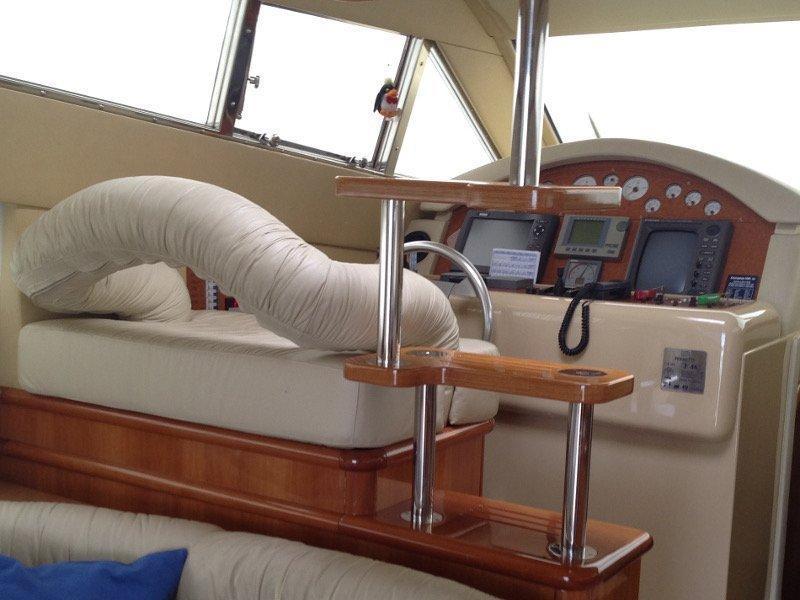 Ferretti 460 (Summertime) interior - 8