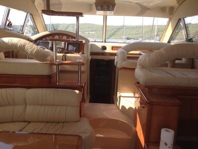 Ferretti 460 (Summertime) interior - 9