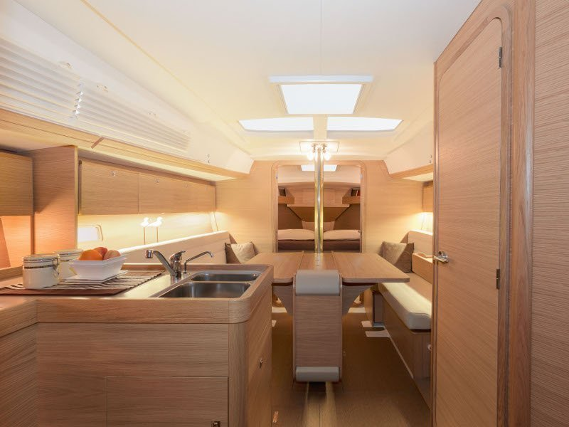 Dufour 350 Grand Large (SWEET LADY) Interior image - 2