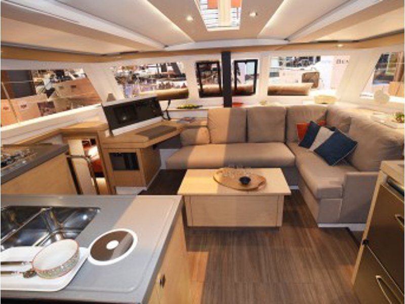 FP Lucia 40 (WHY NOT) Interior image - 1