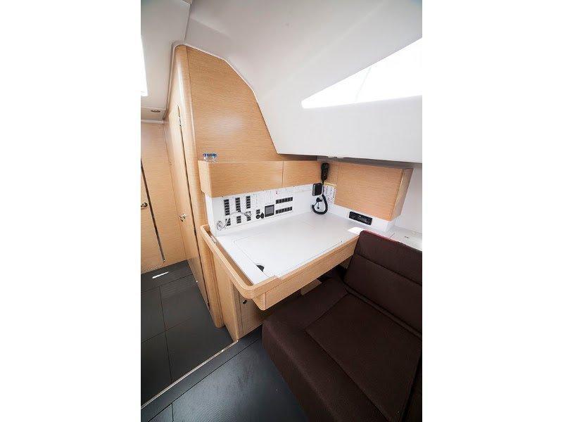 Elan 494 Impression (ROMANA III) interior - 2