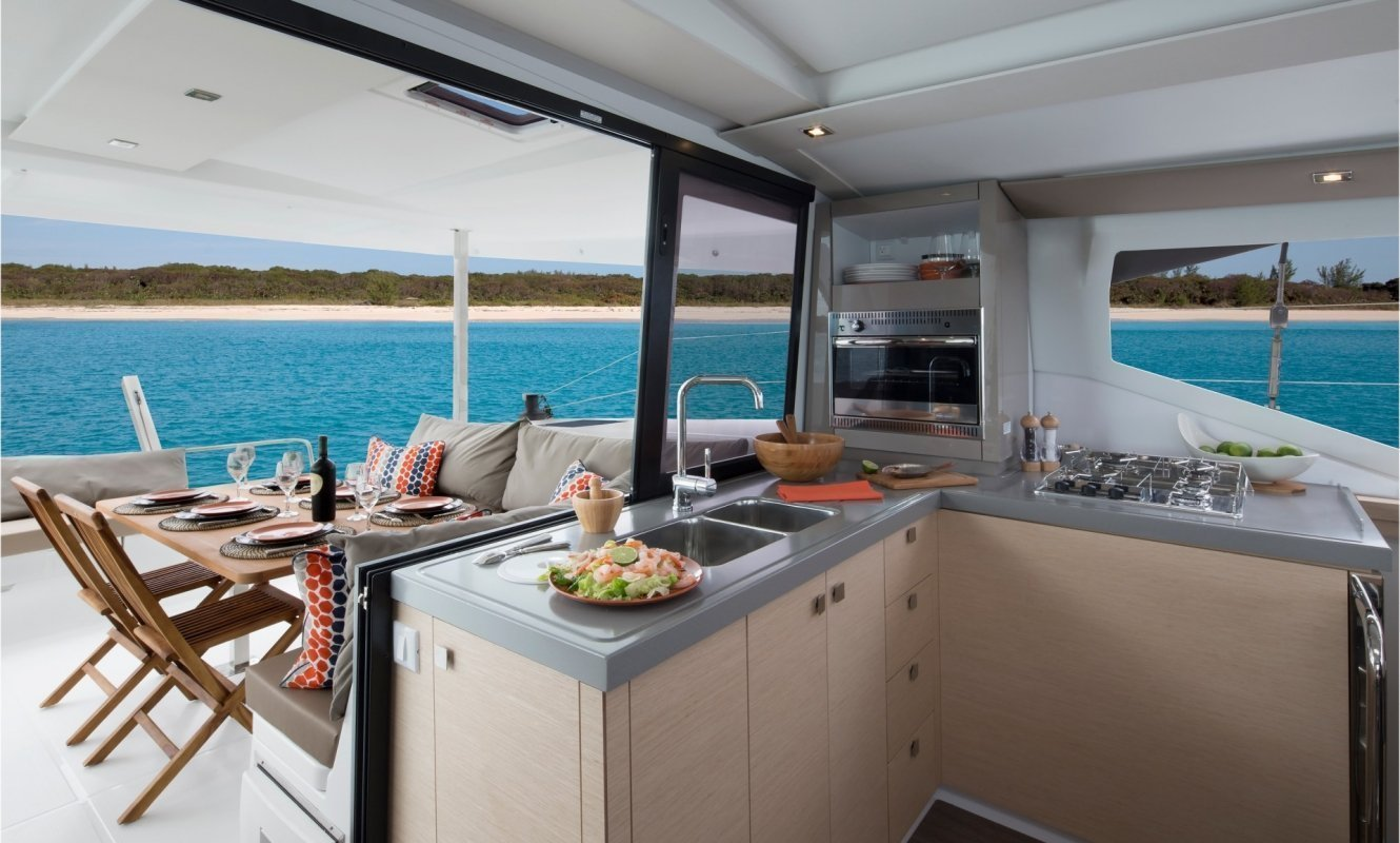 Fountaine Pajot Lucia 40 - 3 cab. (Whoop-Sea)  - 12