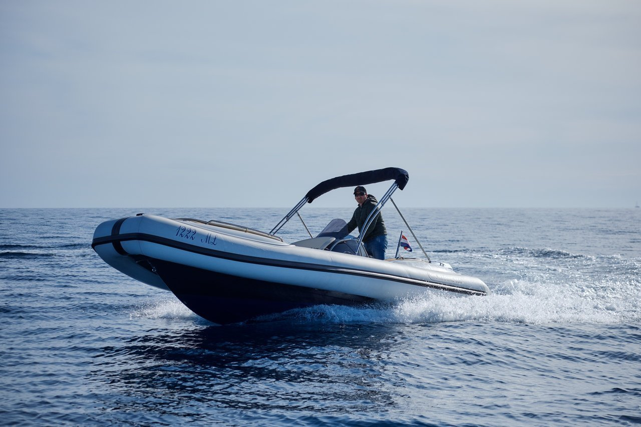 Ris Marine Exclusive 650 (Roby 1)  - 0