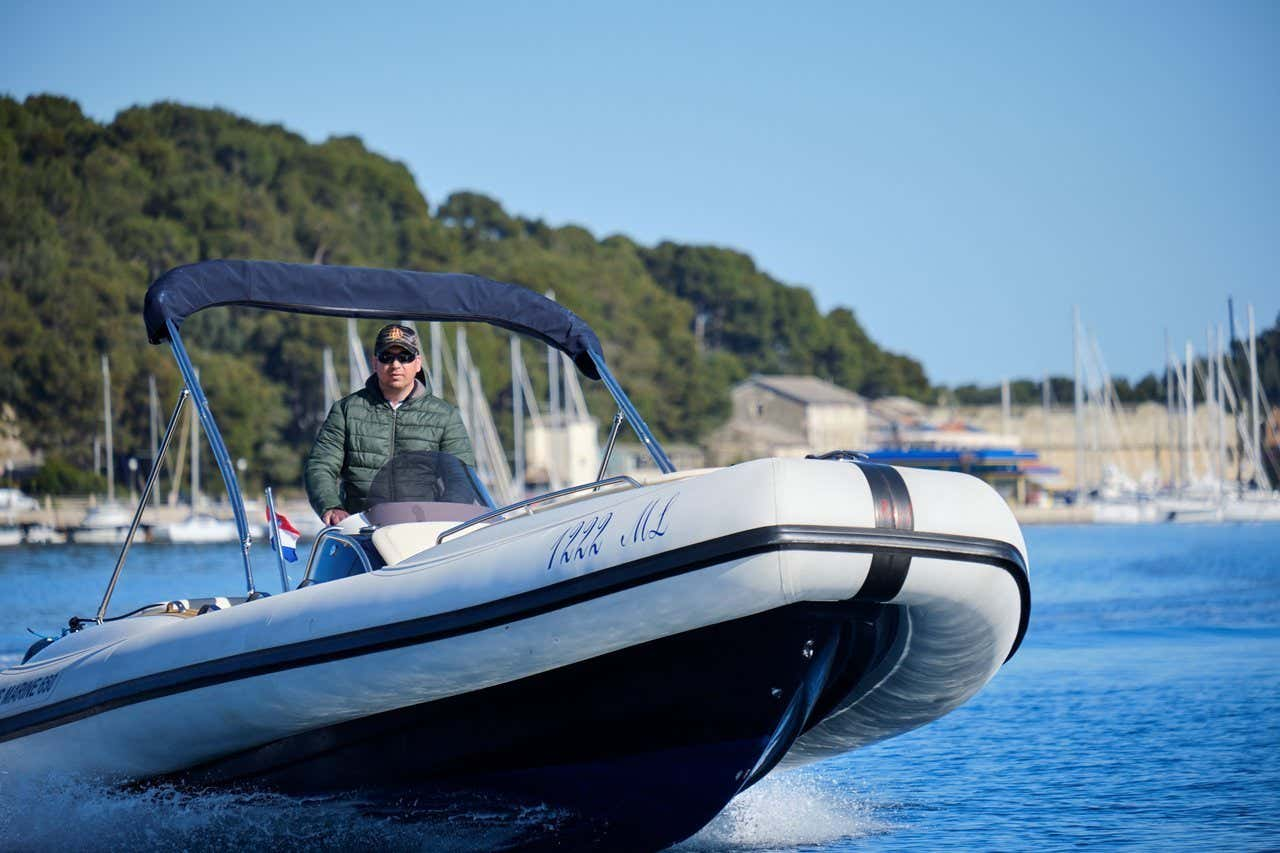Ris Marine Exclusive 650 (Roby 1)  - 2
