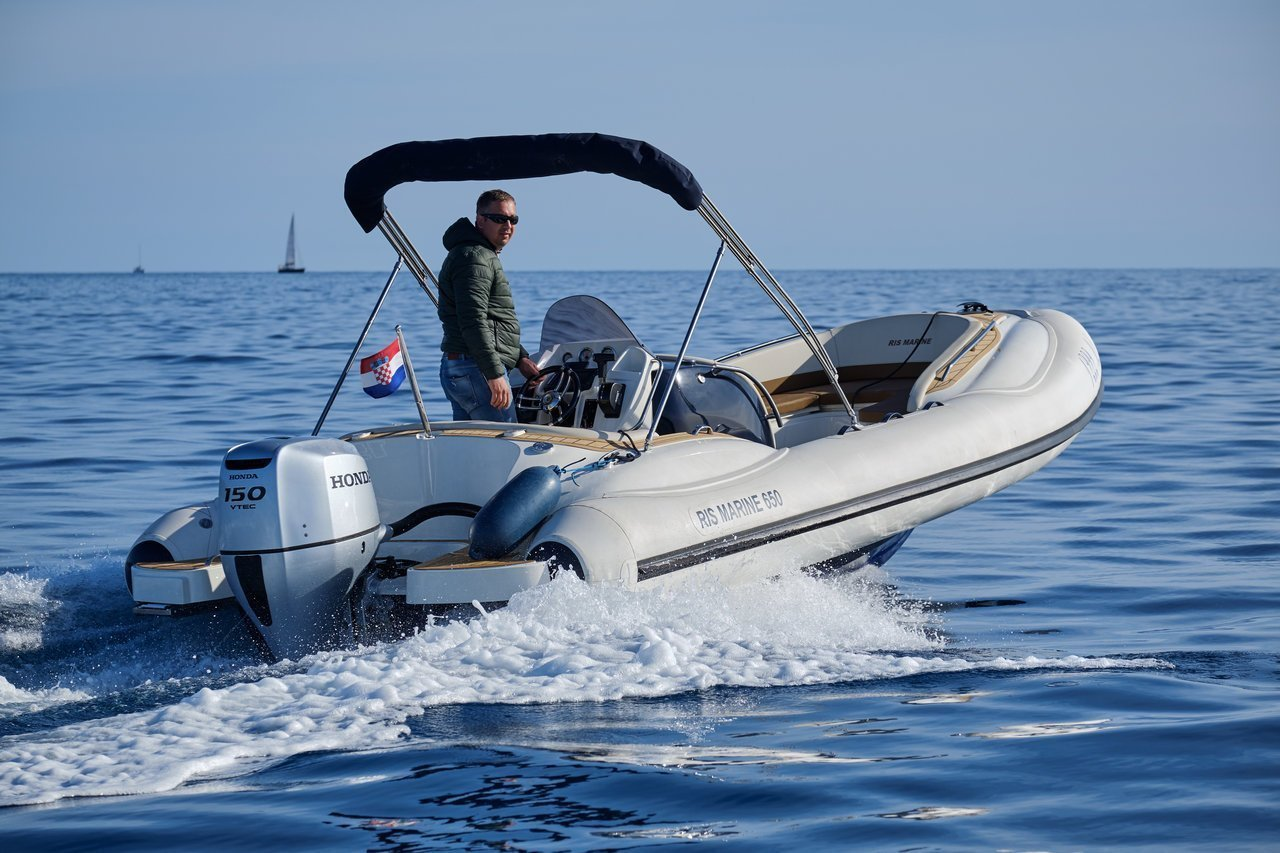 Ris Marine Exclusive 650 (Roby 1)  - 3