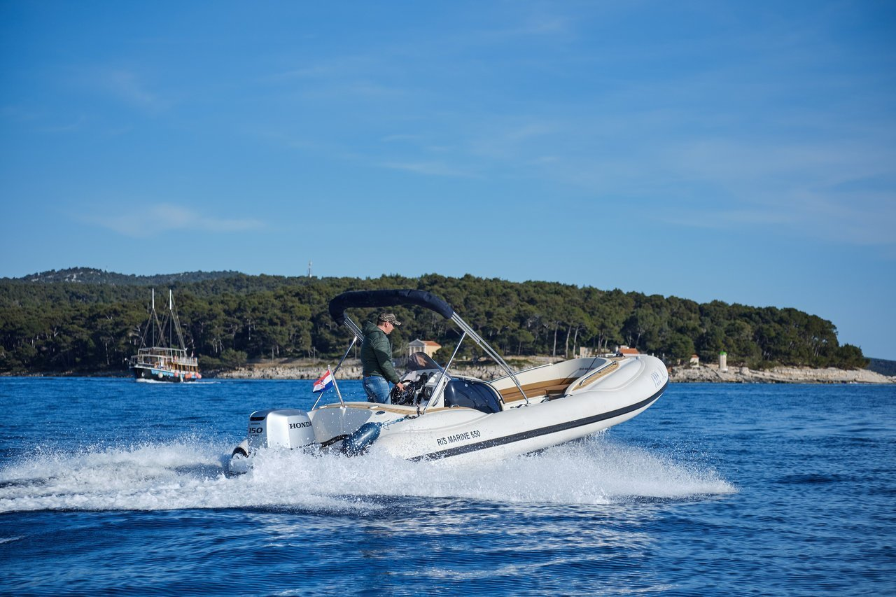 Ris Marine Exclusive 650 (Roby 1)  - 4