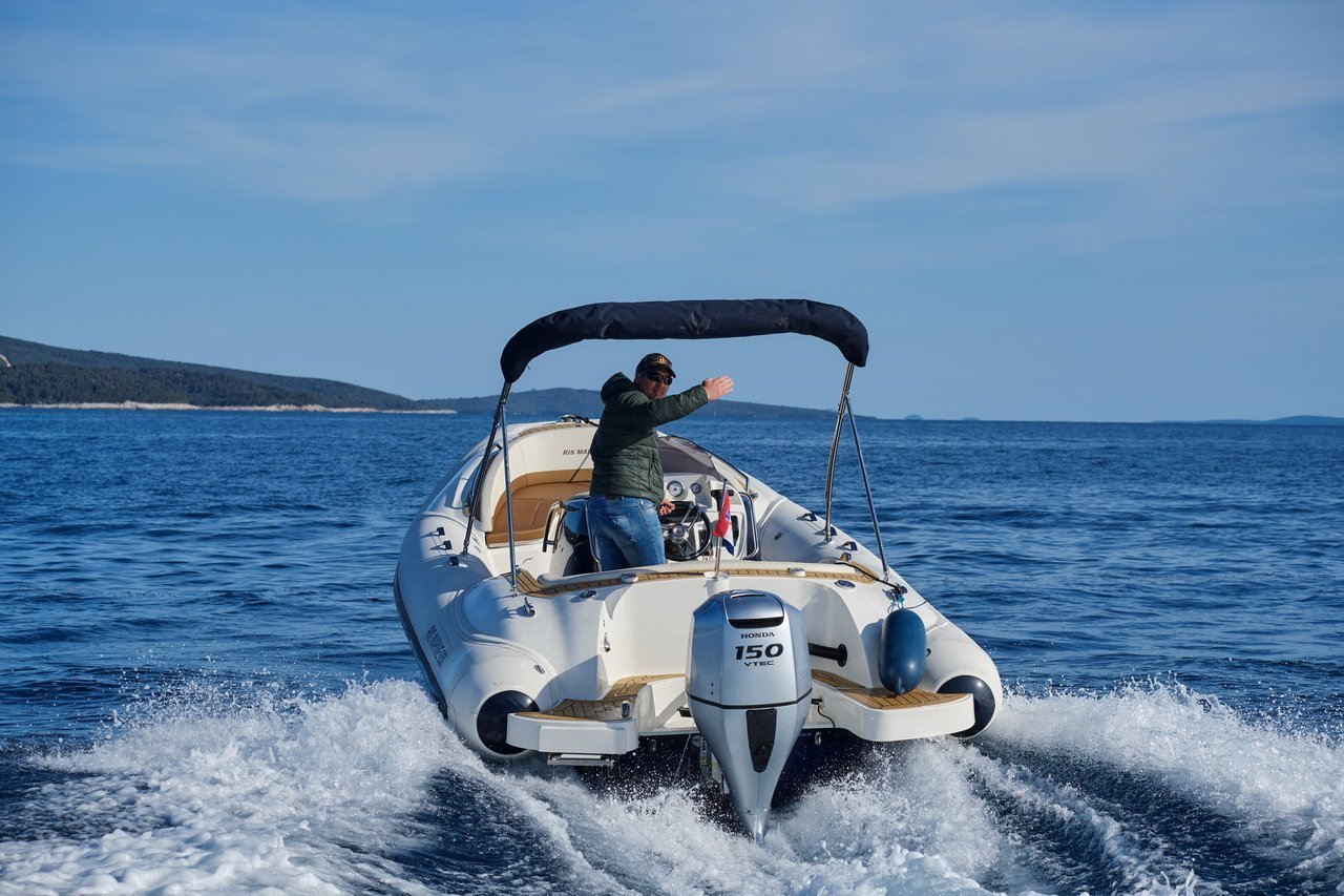 Ris Marine Exclusive 650 (Roby 1)  - 6