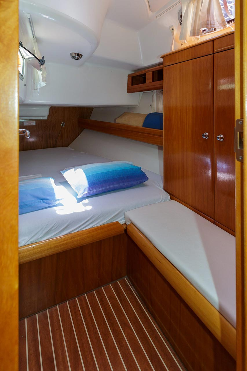 Bavaria 42 Cruiser (Lady Clam)  - 9