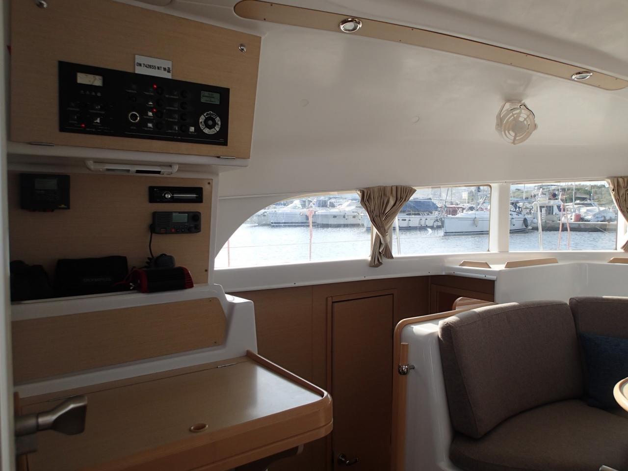 Lagoon 380 S2 - 4 + 2 cab. (Pearl)  - 8