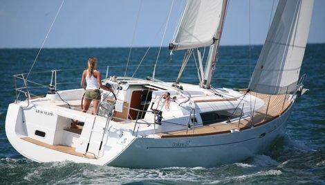 Oceanis 37 (Mary)  - 0