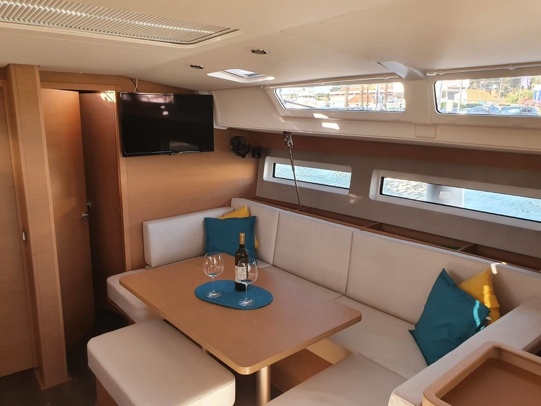 Sun Odyssey 440 (SEA STAR A/C - shore power only (2020))  - 4
