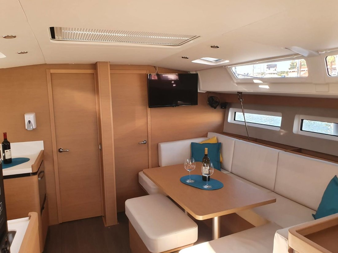 Sun Odyssey 440 (SEA STAR A/C - shore power only (2020))  - 5