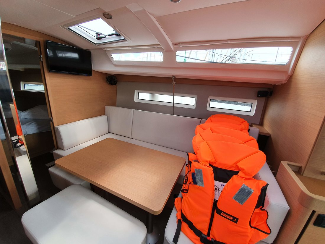 Sun Odyssey 440 (SEA STAR A/C - shore power only (2020))  - 6