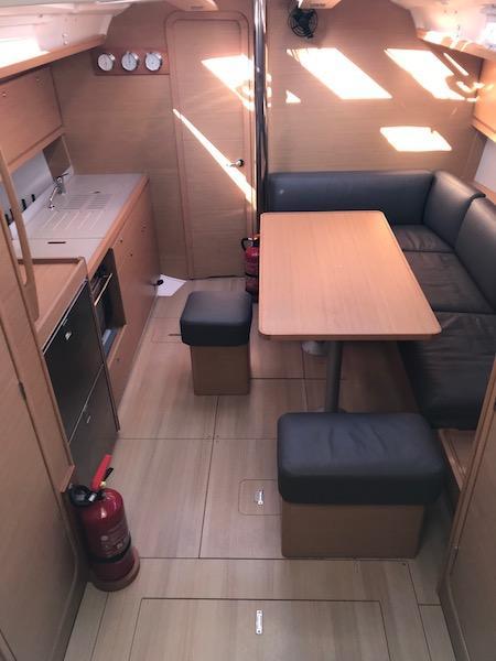 Dufour 390 GL (Easy Living)  - 6