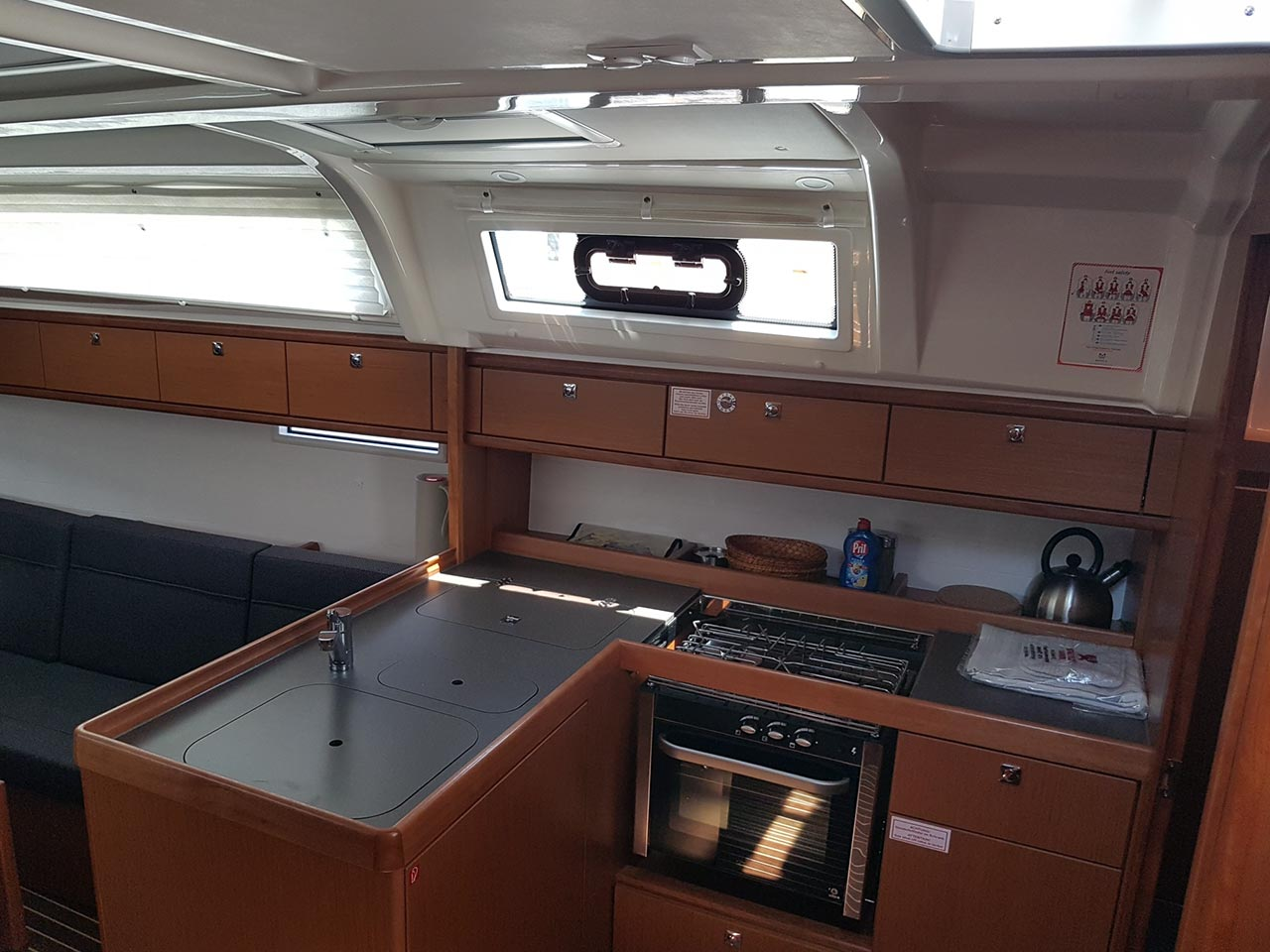 Bavaria Cruiser 37 - 3 cab. (CRUSH)  - 9