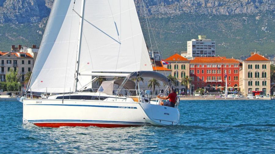 Bavaria Cruiser 34 (Artina)  - 3