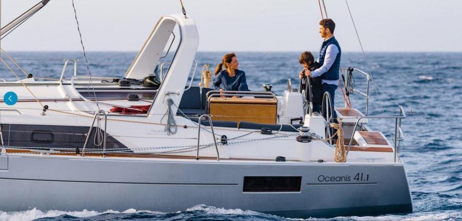 Oceanis 41.1 (Ema III)  - 3
