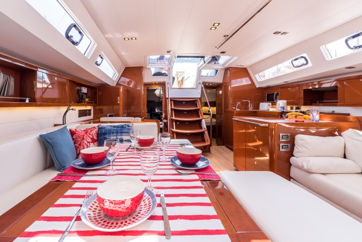 Oceanis 60 (Tourbillon with AC and generator)  - 6
