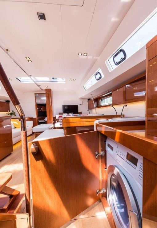 Oceanis 60 (Tourbillon with AC and generator)  - 7