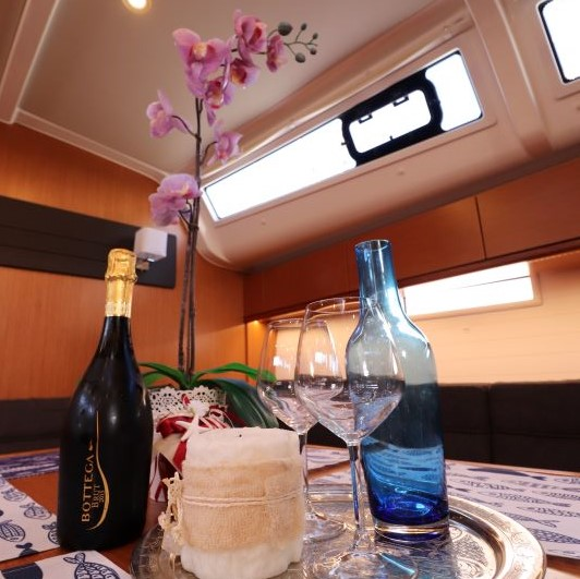 Bavaria Cruiser 51 (Euphoria)  - 11